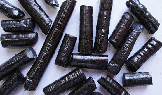 Bâtonnets de goudron de houille solides